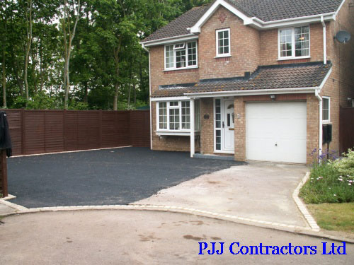 Resin bound driveway before resin bound surfacing