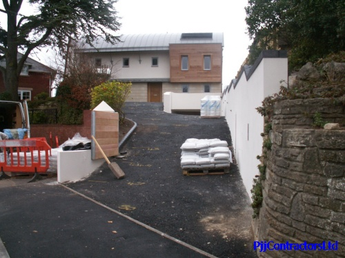 New resin bound drive in Poole Dorset by PJJ Contractors Ltd Ronacrete approved Sureset approved driveway installer UK