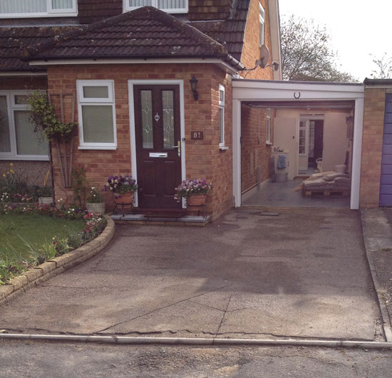 A new resin bound driveway in Guildford Ronacrete material before and after