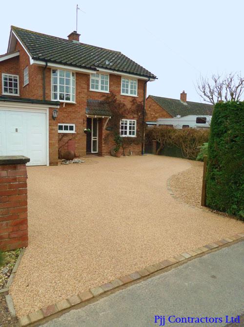 Cheltenham driveways in resin bound paving Ronacrete gravel  approved installer