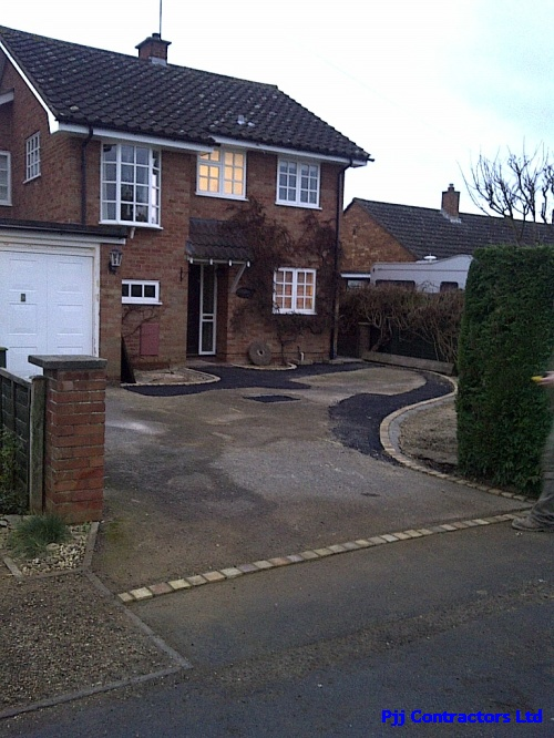 Cheltenham home driveway gets a resin bound paving alternative new drive surface laid